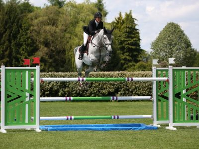 Cornet obolensky out of 1m60 jumping funky music!